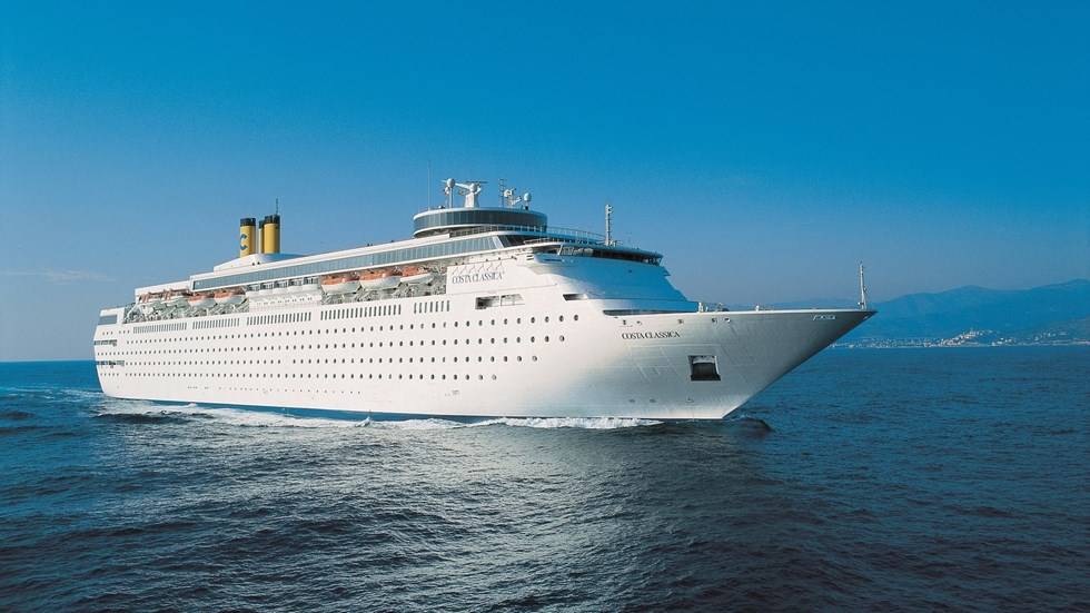 """Costa Neoclassica"" cruise ship docks at Kalamata port under strict security measures"