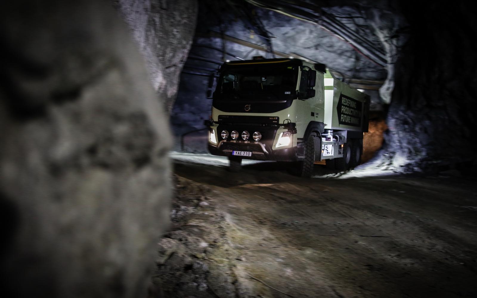 Δοκιμές σε ορυχείο για τη Volvo Trucks! (pics)
